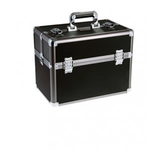 Vanguard VGP-32 Hard Case with Reinforced Shoulder Strap